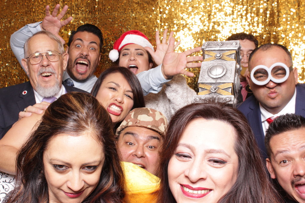 chico-photo-booth-holiday-rush-corporate