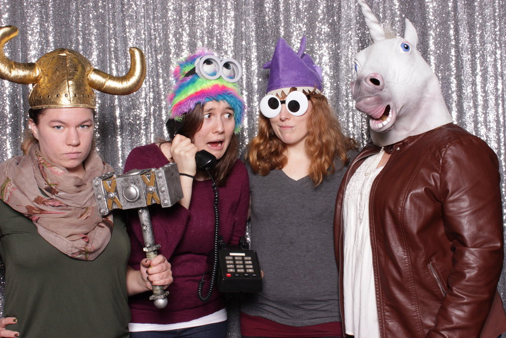 chico-bridal-show-photo-booth-vikings