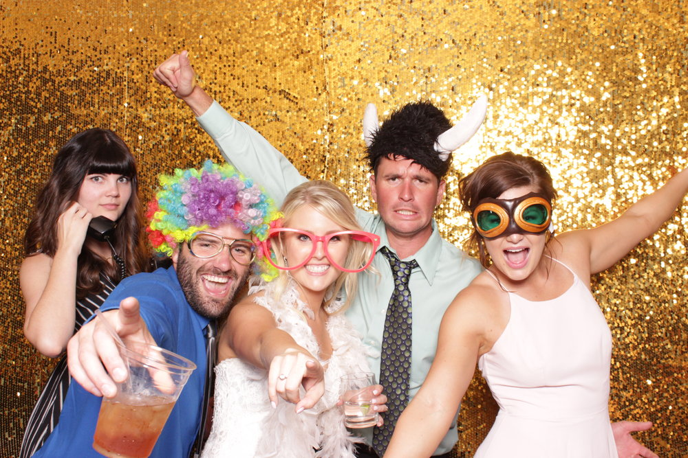 butte-creek-country-club-photo-booth-rental-wedding.JPG