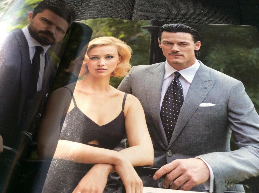Vereint in Eleganz und Mystik: Dominic Cooper an der Seite von Prinzessin Sarah Gadon und Dracula Luke Evans © WIENER