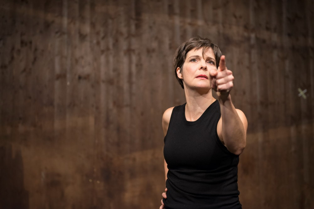 Trägt 80 Minuten: Alexandra Henkel © Reinhard Werner/Burgtheater