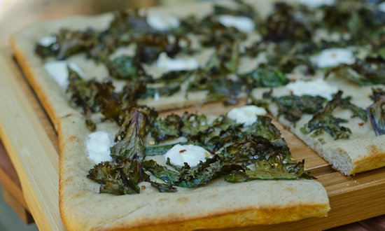 crispy kale flatbread pizza