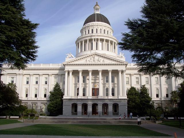 Sacramento_Capitol.jpg