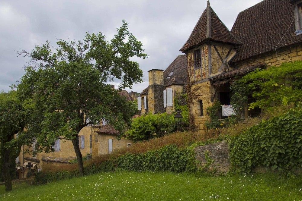 June_2013_France_Dordogne_Sarlat_La_Caneda_0153.jpg