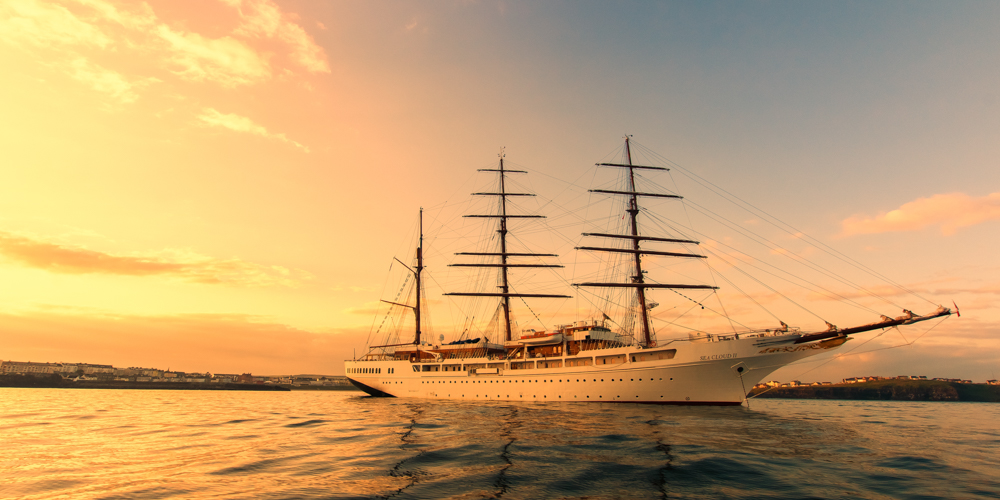 Sea Cloud II-32x16.jpg