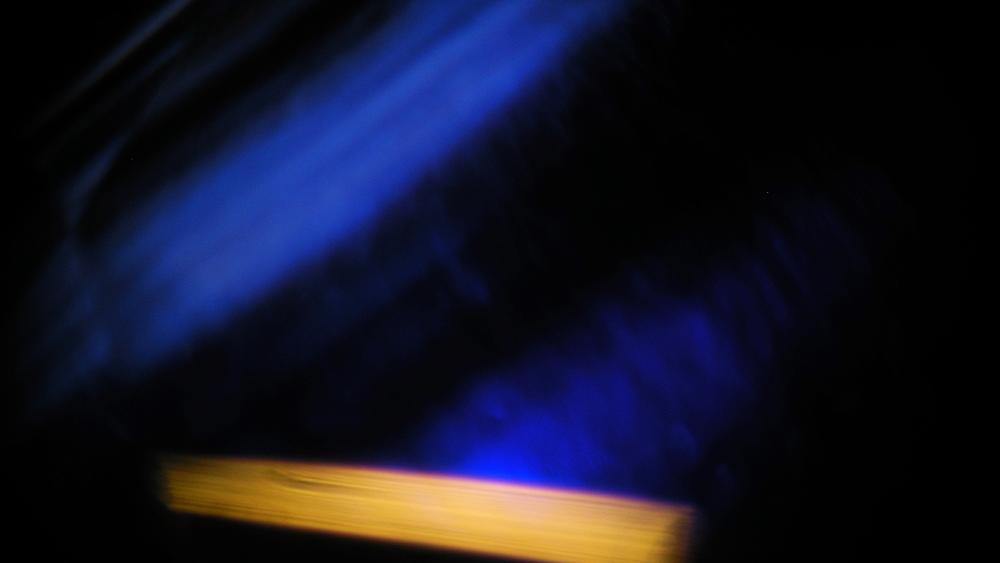 Nebula130 carat Burma sapphire microphoto:Richard Orbach