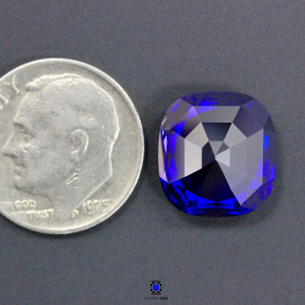 9.89cushionsapphire617.jpg