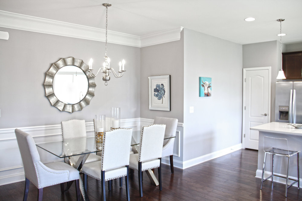 A MODERN DESIGN - This model is probably my favorite, simply because I can relate to its design components. As I am a lover of all things white and airy, the mixture of modern elements and touches of glam in this model, had me head over heels!