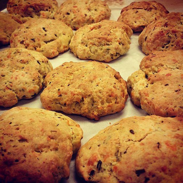 Cheddar&Chive #biscuits perfect under confit chicken gravy #Durham #trifoodies #dinner