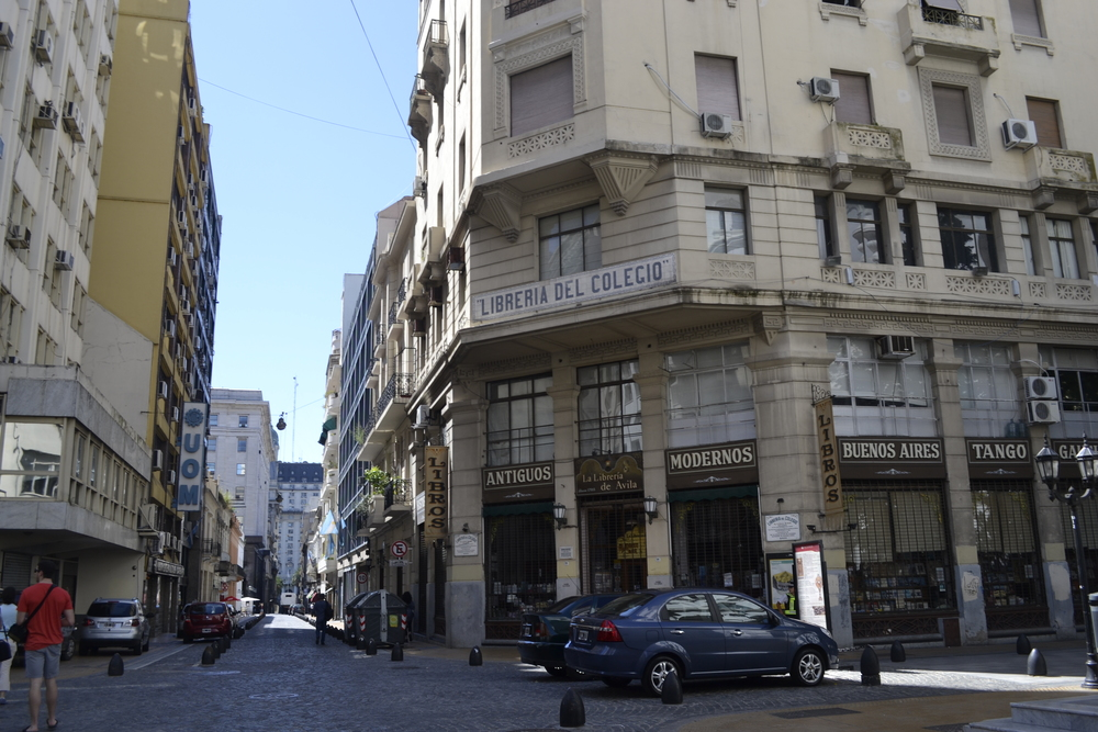 Exploring the San Telmo district + their not-so-little street market.