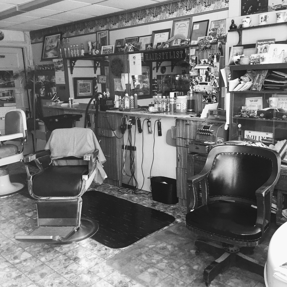 Barbershop. Winterset, Iowa