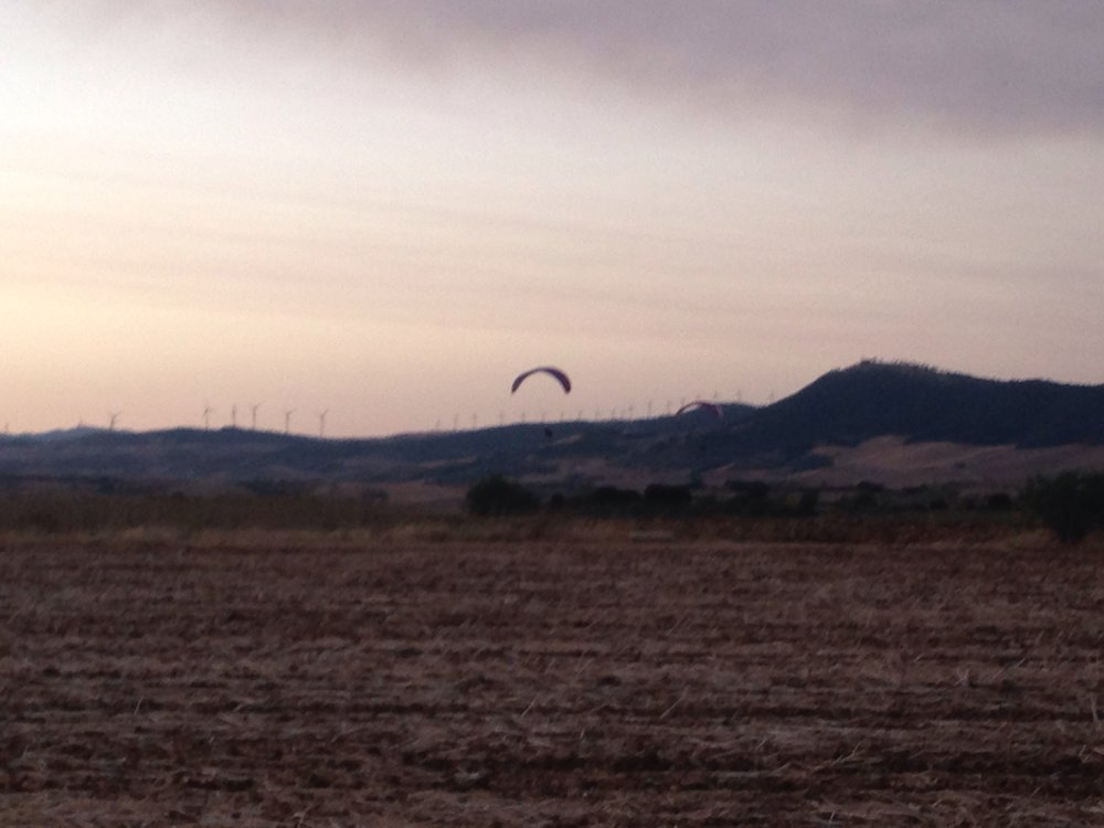 Early morning hang gliders (?) outside Uterga