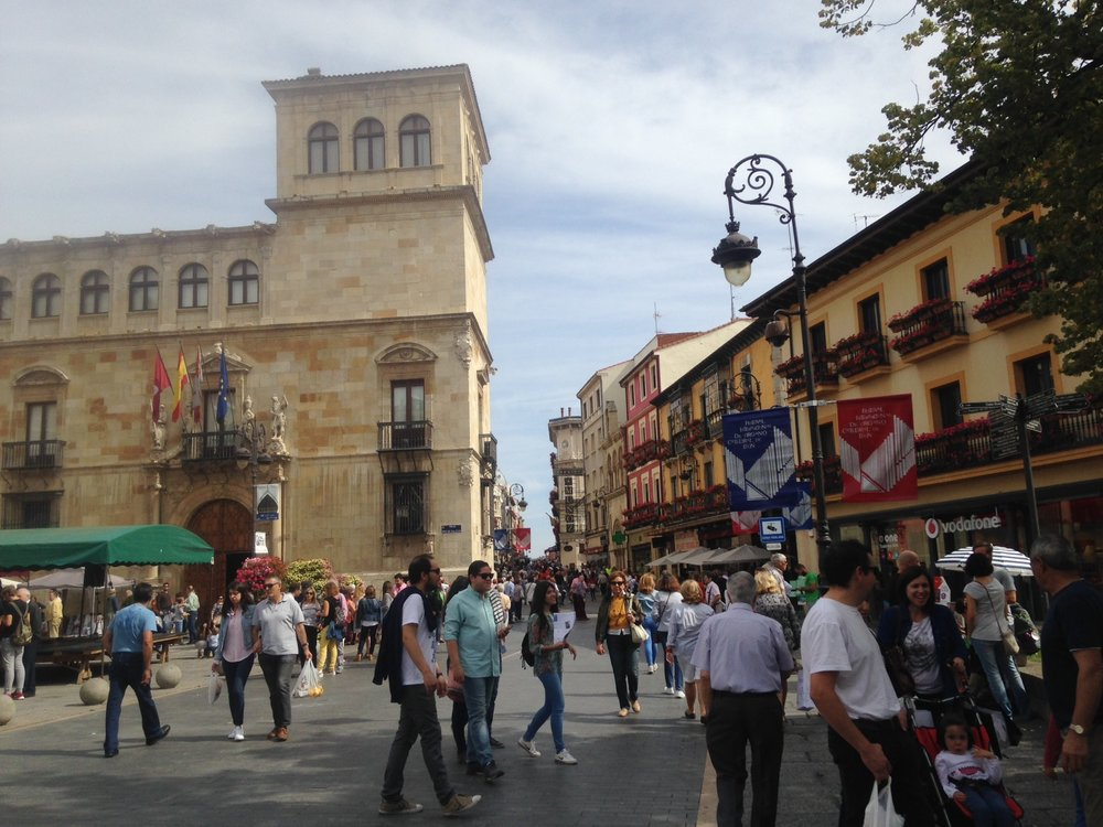 Calle Ancha, Leon