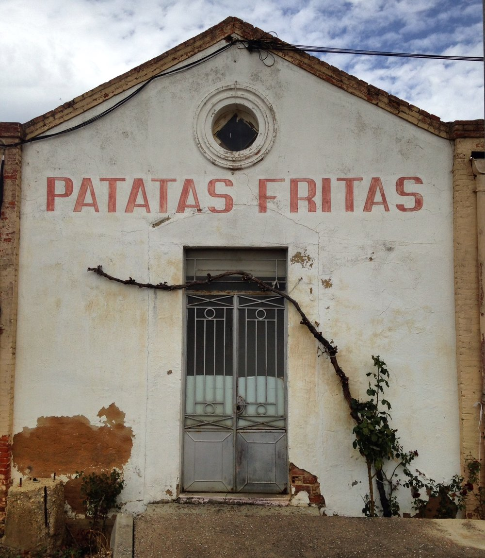 Cannot resist the handpainted signs.  Or patatas fritas for that matter.