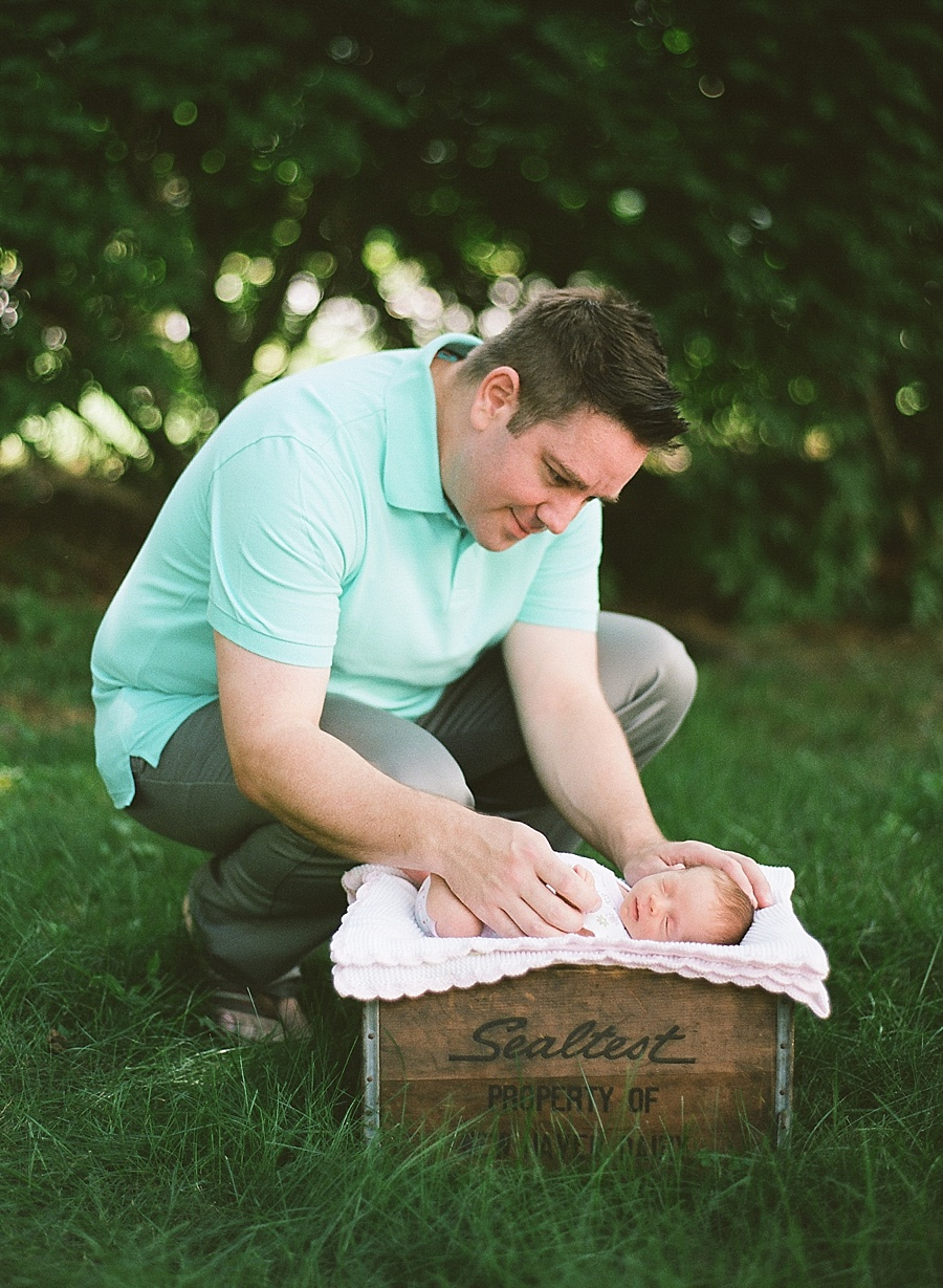 CT_Newborn_Session_C_0009.jpg