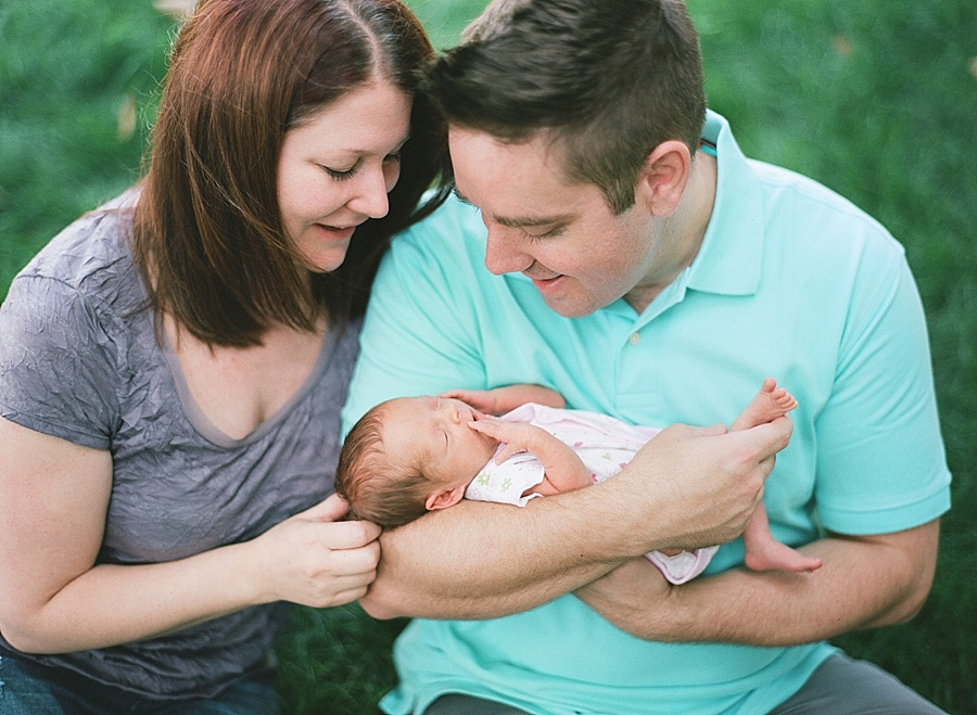 CT_Newborn_Session_C_0010.jpg