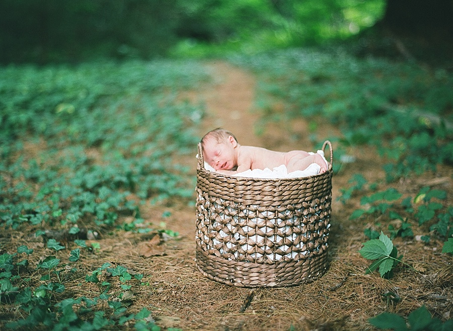 CT_Newborn_Session_C_0024.jpg