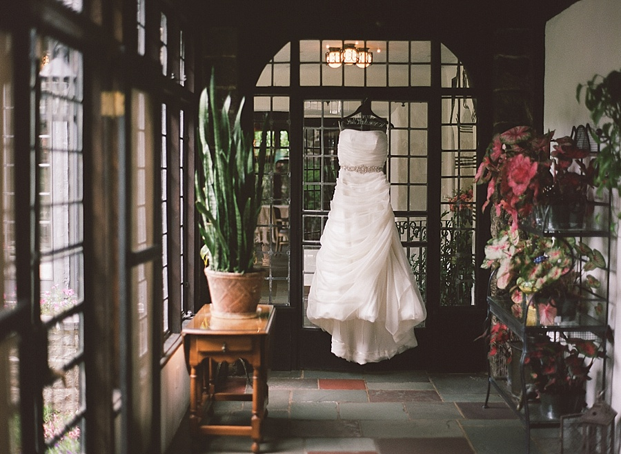 Pleasantdale_Chateau_Wedding_CP_0003.jpg