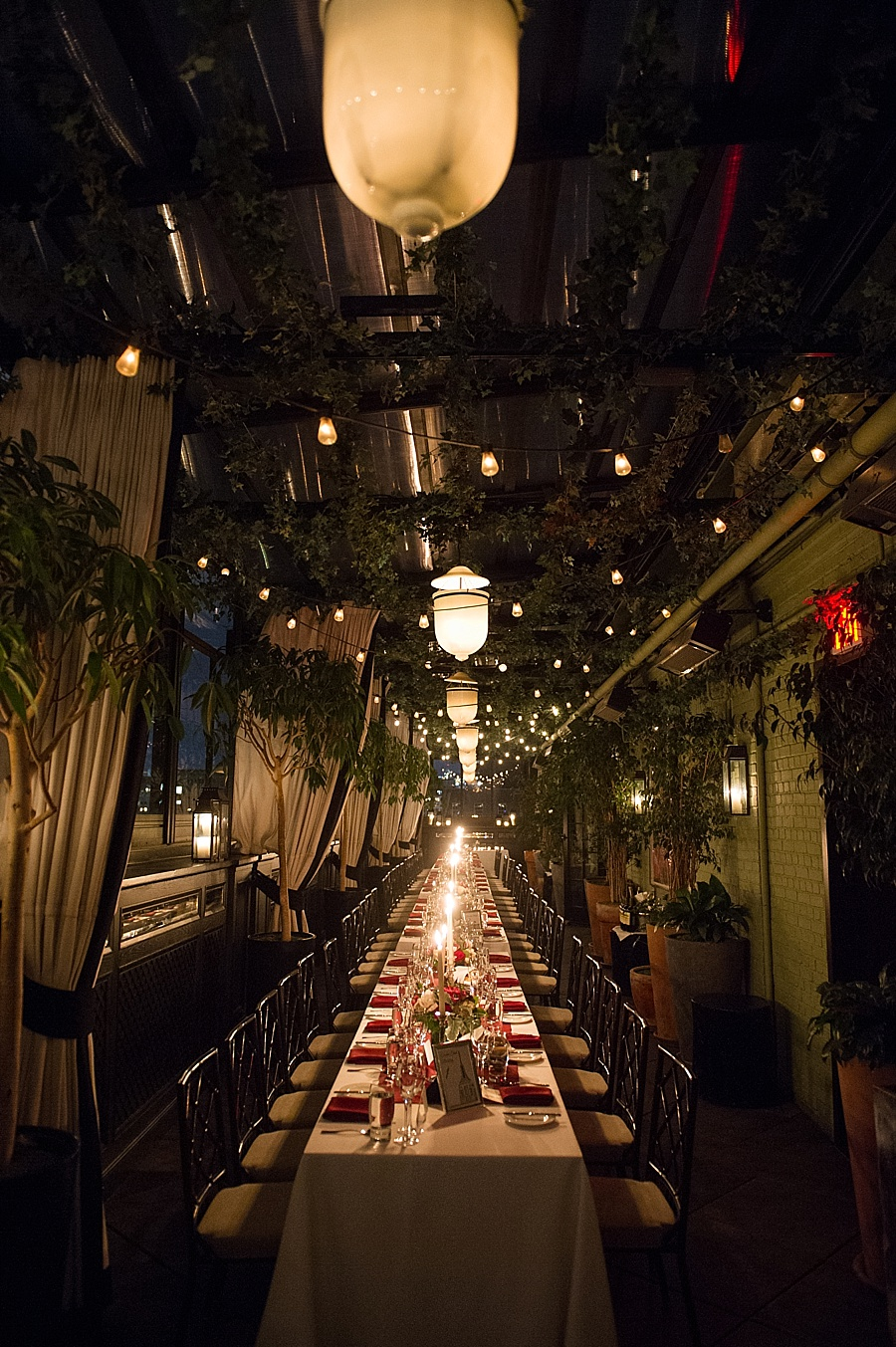 GRAMERCY_PARK_HOTEL_NYC_ROOFTOP_WEDDING_MT_036.jpg