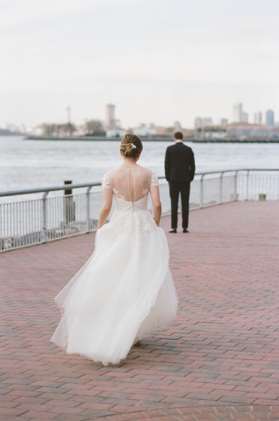 RKP_Liberty_Warehouse_Wedding_Brooklyn_NYC_16.jpg