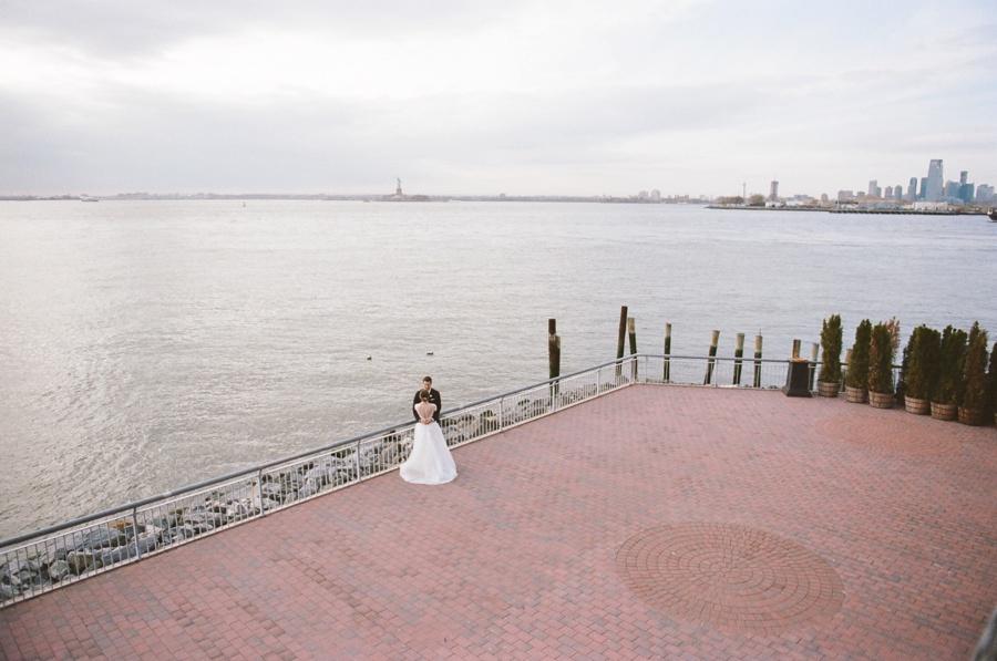 RKP_Liberty_Warehouse_Wedding_Brooklyn_NYC_21.jpg