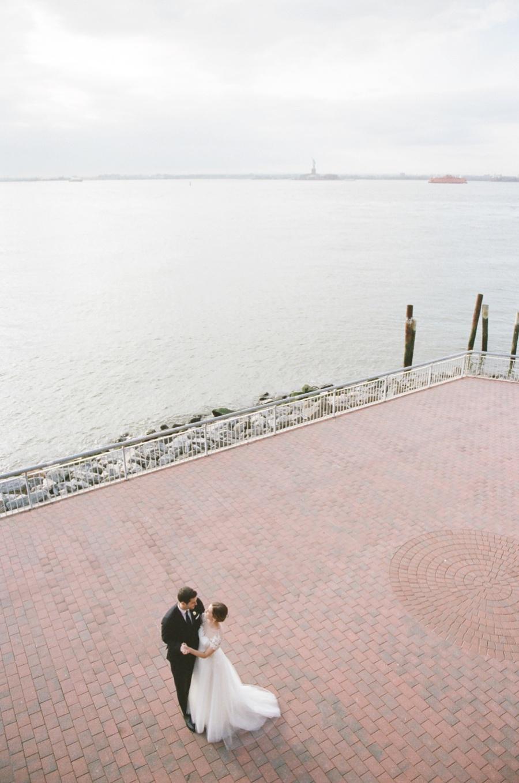 RKP_Liberty_Warehouse_Wedding_Brooklyn_NYC_22.jpg
