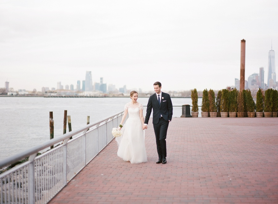 RKP_Liberty_Warehouse_Wedding_Brooklyn_NYC_30.jpg