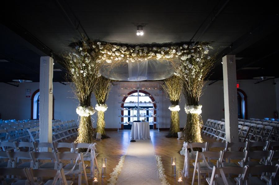 RKP_Liberty_Warehouse_Wedding_Brooklyn_NYC_48.jpg
