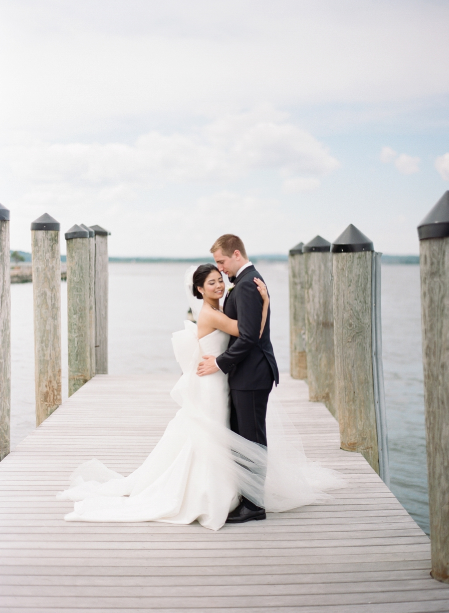 Saybrook_Point_Inn_CT_Wedding_YB_016.jpg