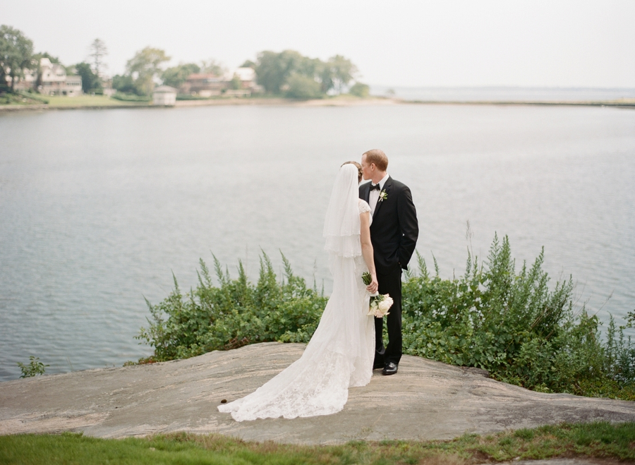 Winged_Foot_ Mamaroneck_Wedding_AR_011.jpg
