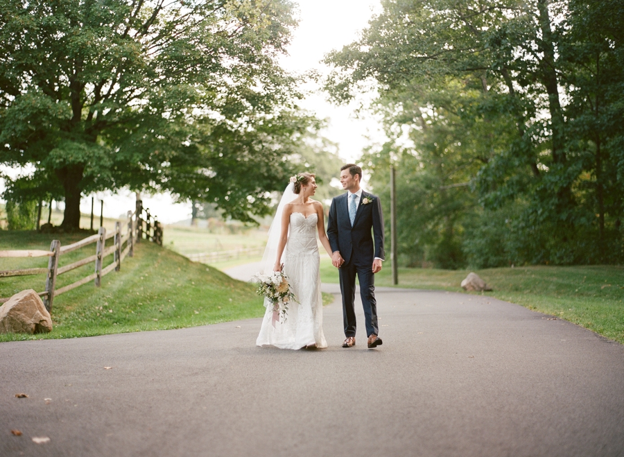 RKP_Blue_Hill_at_Stone_Barns_NY_Wedding_022.jpg