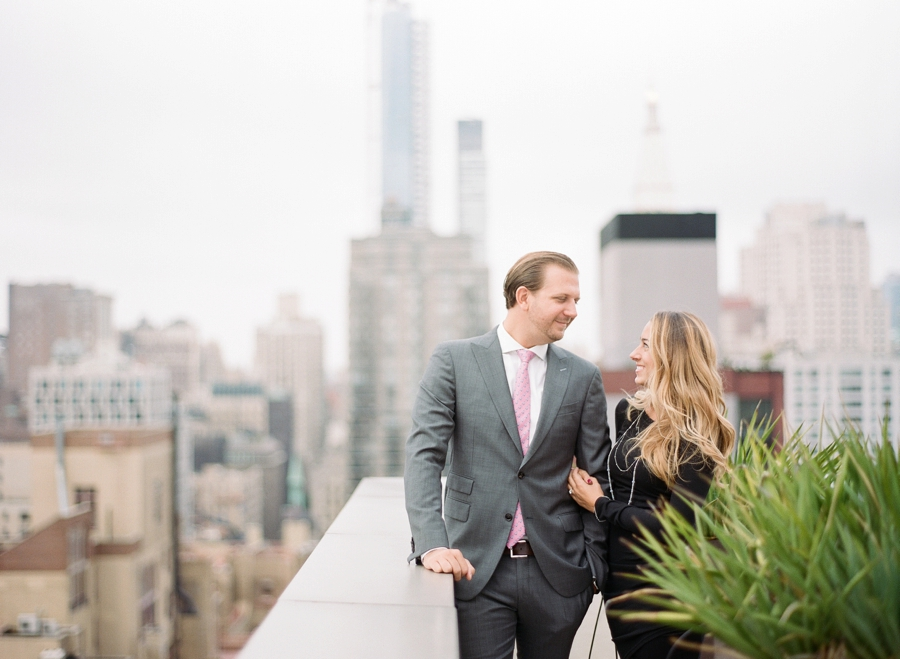 Madison_Square_Park_NYC_Engagement_Session_RKP_02.jpg
