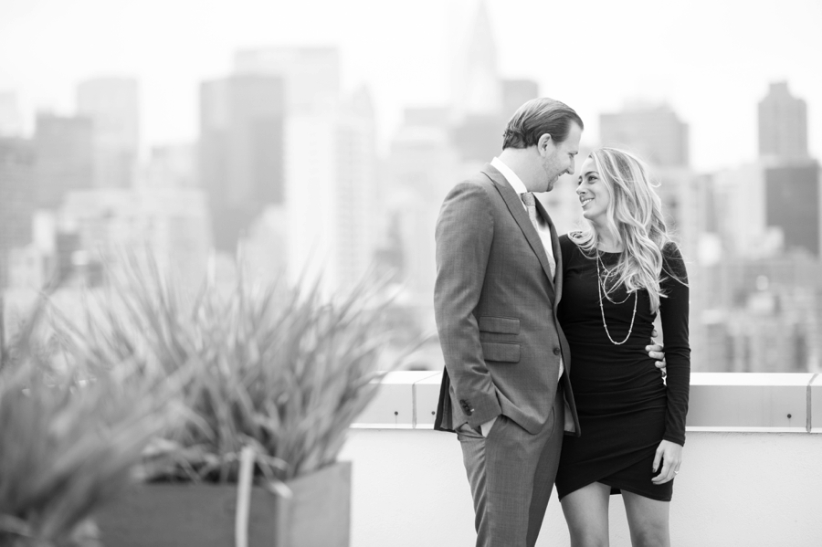 Madison_Square_Park_NYC_Engagement_Session_RKP_05.jpg