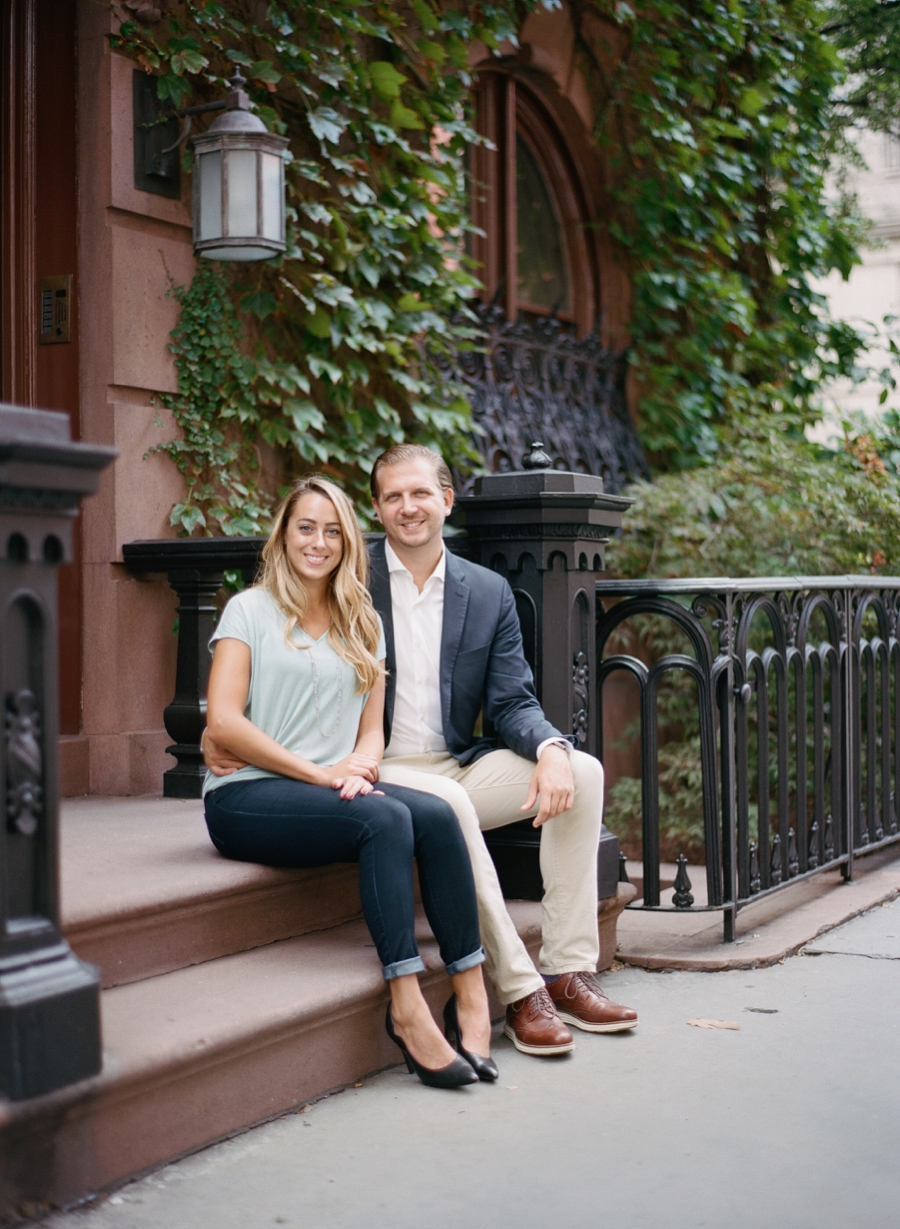 Madison_Square_Park_NYC_Engagement_Session_RKP_16.jpg
