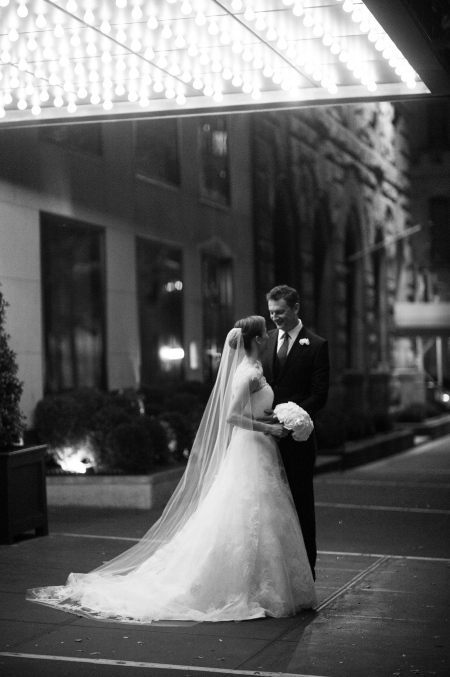 RKP_NEW_YORK_CITY_WEDDING_GRAMERCY_PARK_HOTEL_NL_0017.jpg