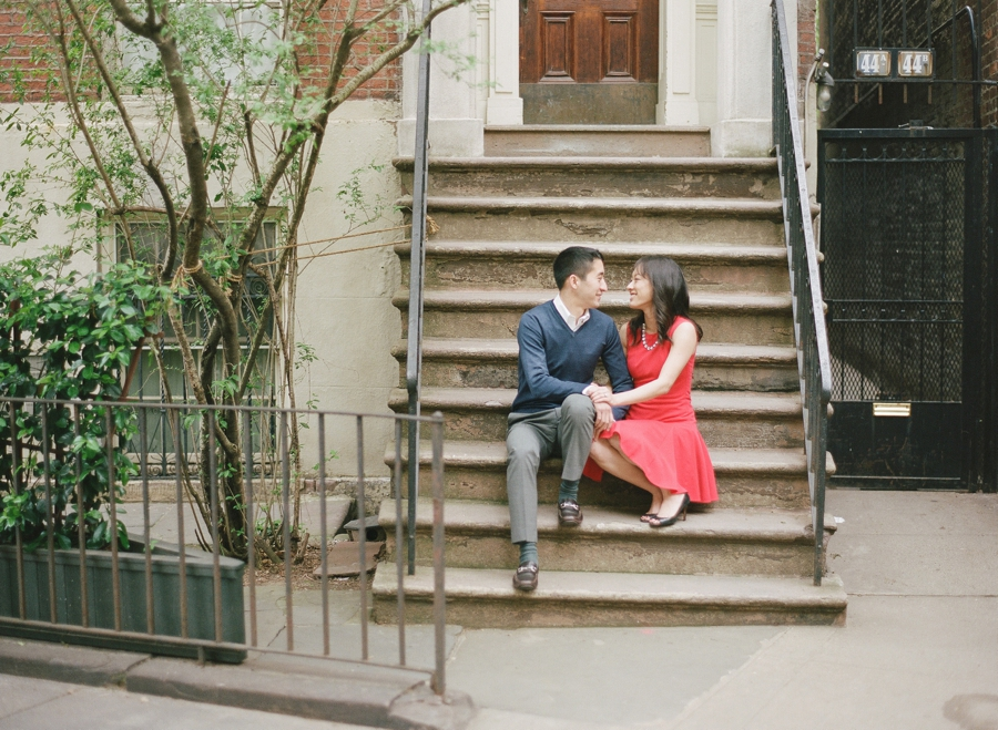 West_Village_NYC_Engagement_Session_KM_0004.jpg
