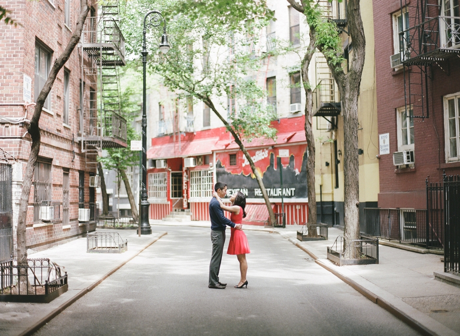 West_Village_NYC_Engagement_Session_KM_0009.jpg