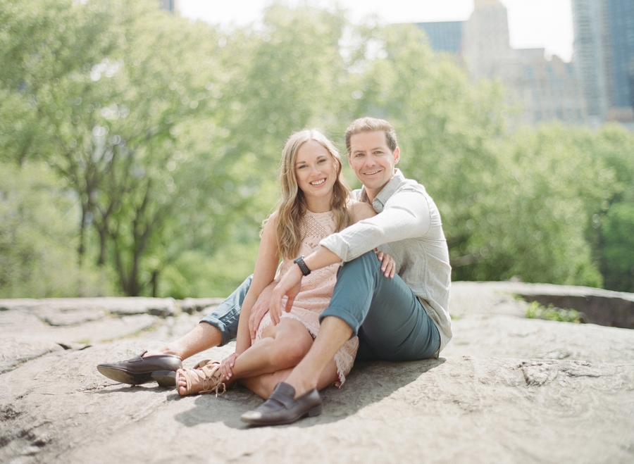 Central_Park_NYC_Engagement_Session_MJ_0004.jpg