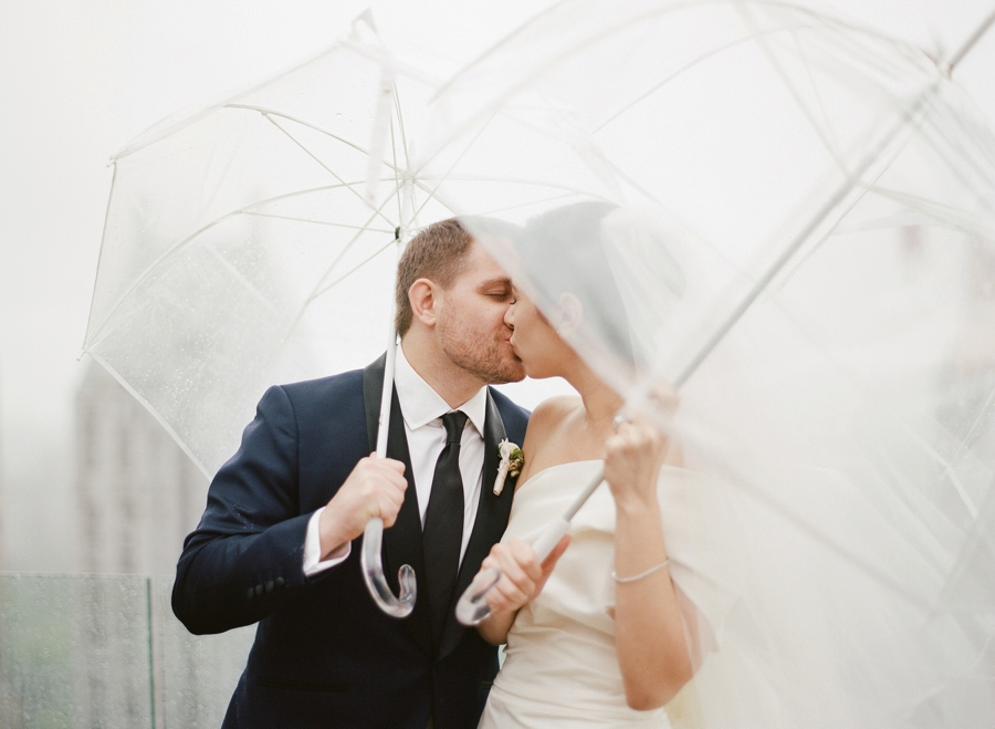 Le_Parker_Meriden_NYC_Rainy_Day_Wedding_TB_0035.jpg