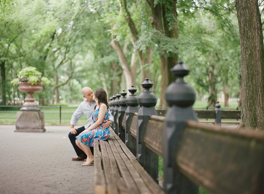 Central_Park_Engagement_Session_NYC_AN_14.jpg