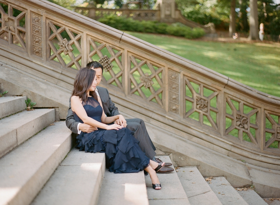Central_Park_Lincoln_Center_NYC_Engagement_Session_AG_005.jpg