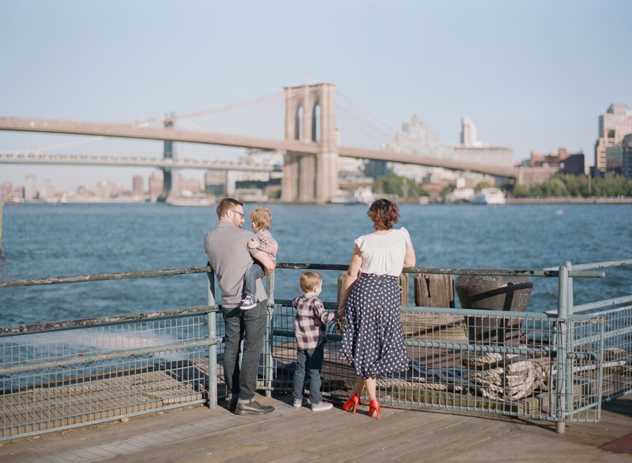 South_Street_Seaport_NYC_Family_Session_015.jpg