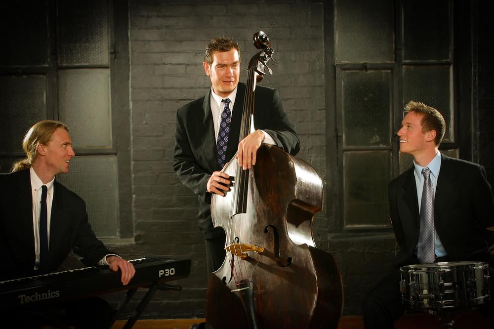 trio-kestrel.jpg