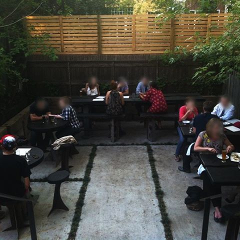 #backyard #brooklyn #cobblehill #beer #ringgame #morebeer #goodfood