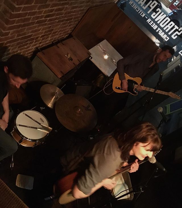 amazing #nightofmusic thanks to #johncathalobrien #proudpairifthieves and #aliceandtheunderground #livemusic #fantasticfood #craftbeer #cobblehill