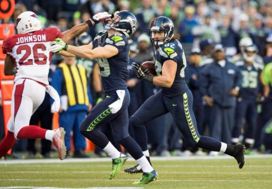 Seahawks Tight End Luke Willson picks up1st down in final minutes to keep drive alive inSeattle's 19-3 victory over Arizona in NFC West Showdown.
