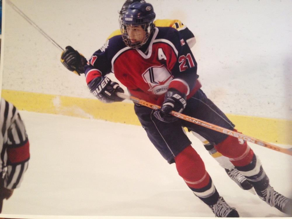 lukehockey3.jpg