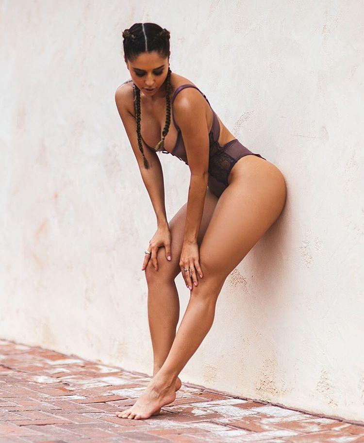 Photographer: @martin_depict  Model: @tiannag