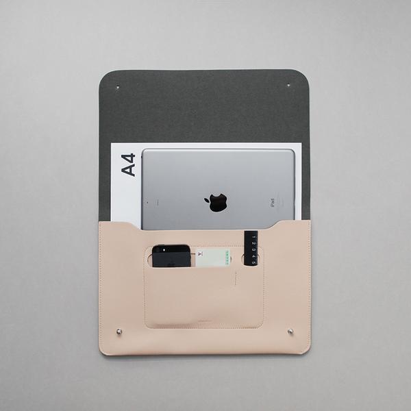 minimalist-folio-m2_617330dd-1f15-491c-ad95-103285e9a376_grande.jpg