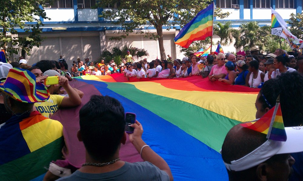 LGBTQ flag at the Conga - Havana's Pride Parade (2014)
